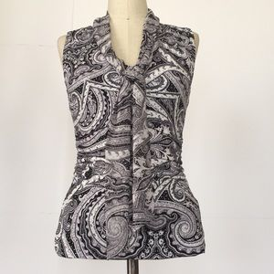NWT Sleeveless Paisley Tie Front Top